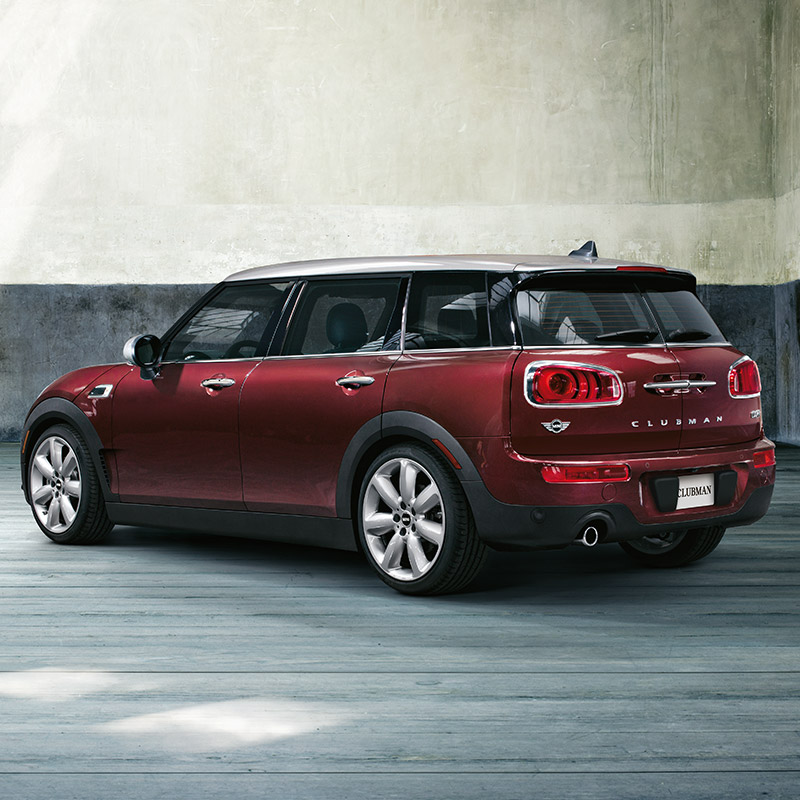 MINI Clubman rear in red